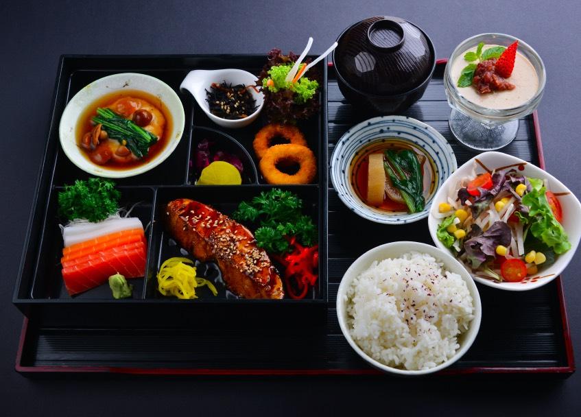 vegetarian bento set with mock salmon