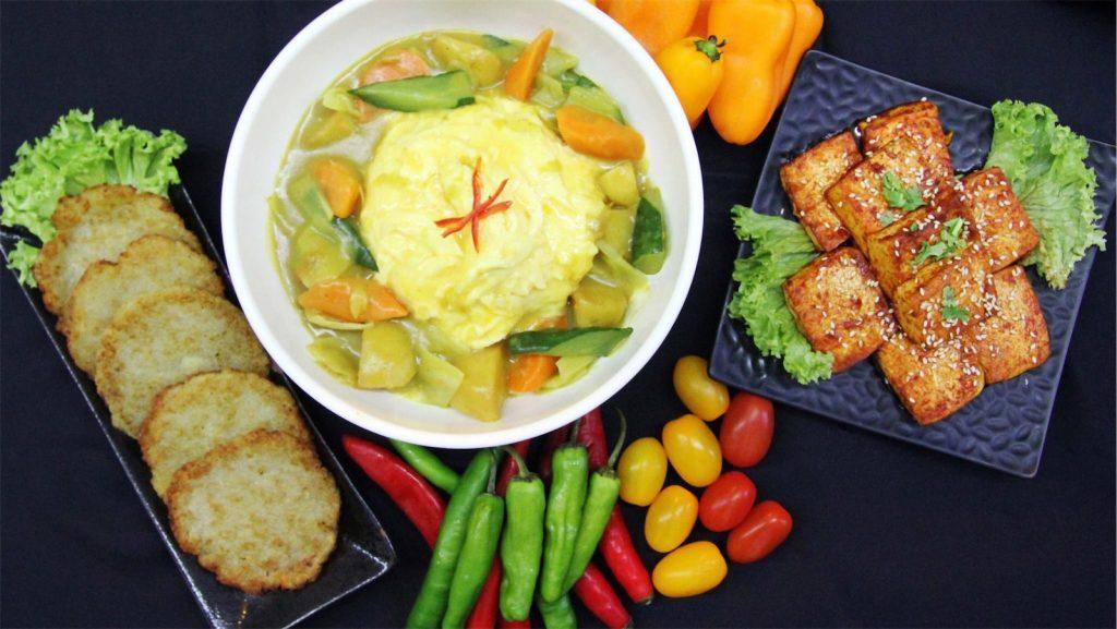 curry rice, fried tofu, and pancake
