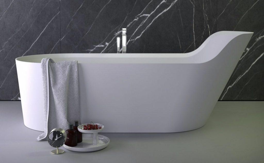 Pearl bathtub by Knief